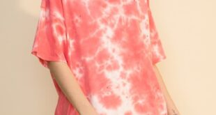 Tie-Dye Distressed Oversized T-Shirt - Medium / Tea Rose